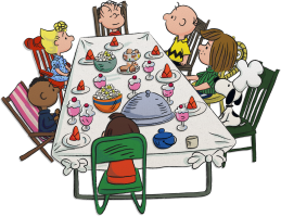 Want To Have Friends Over For A Backyard Meal Set Up Just Like The Table For Charli Charlie Brown And Snoopy Charlie Brown Thanksgiving Charlie Brown Peanuts