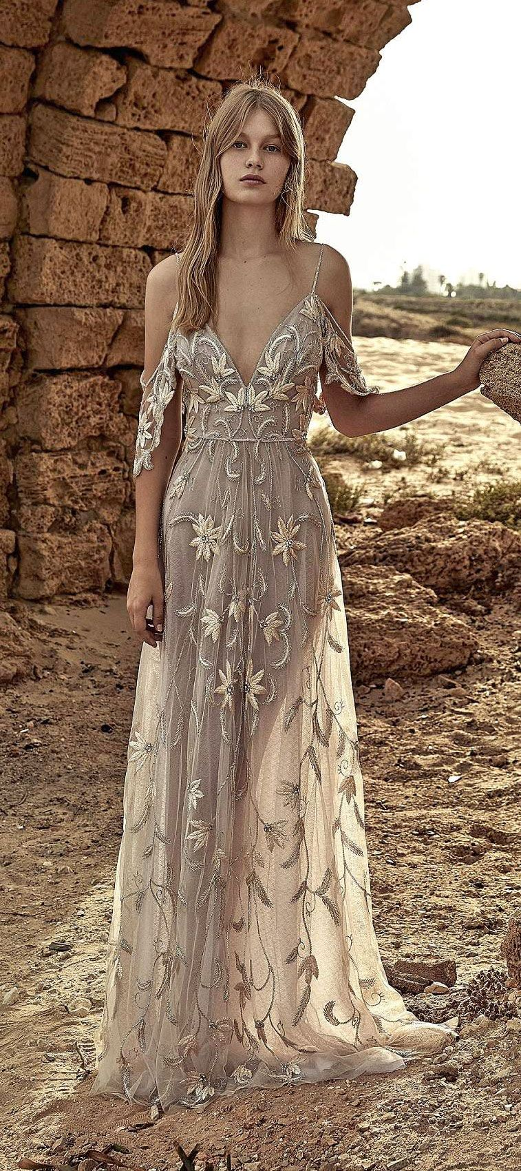 Ethereal Lightweight Wedding Dresses To Love