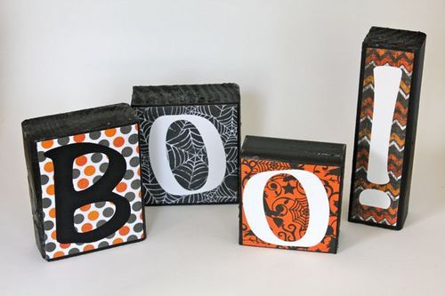 Add a little scare to your mantle with a cute primitive wood sign this Halloween.