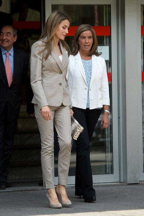 LETIZIA ORTIZ La princesa de Asturias asistió a la presentación de un  proyecto que pretende promocionar a la mujer en los puestos directivos  empresariales. f2628c23a13