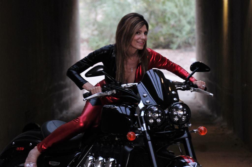 Pin On Women On Motorcycles