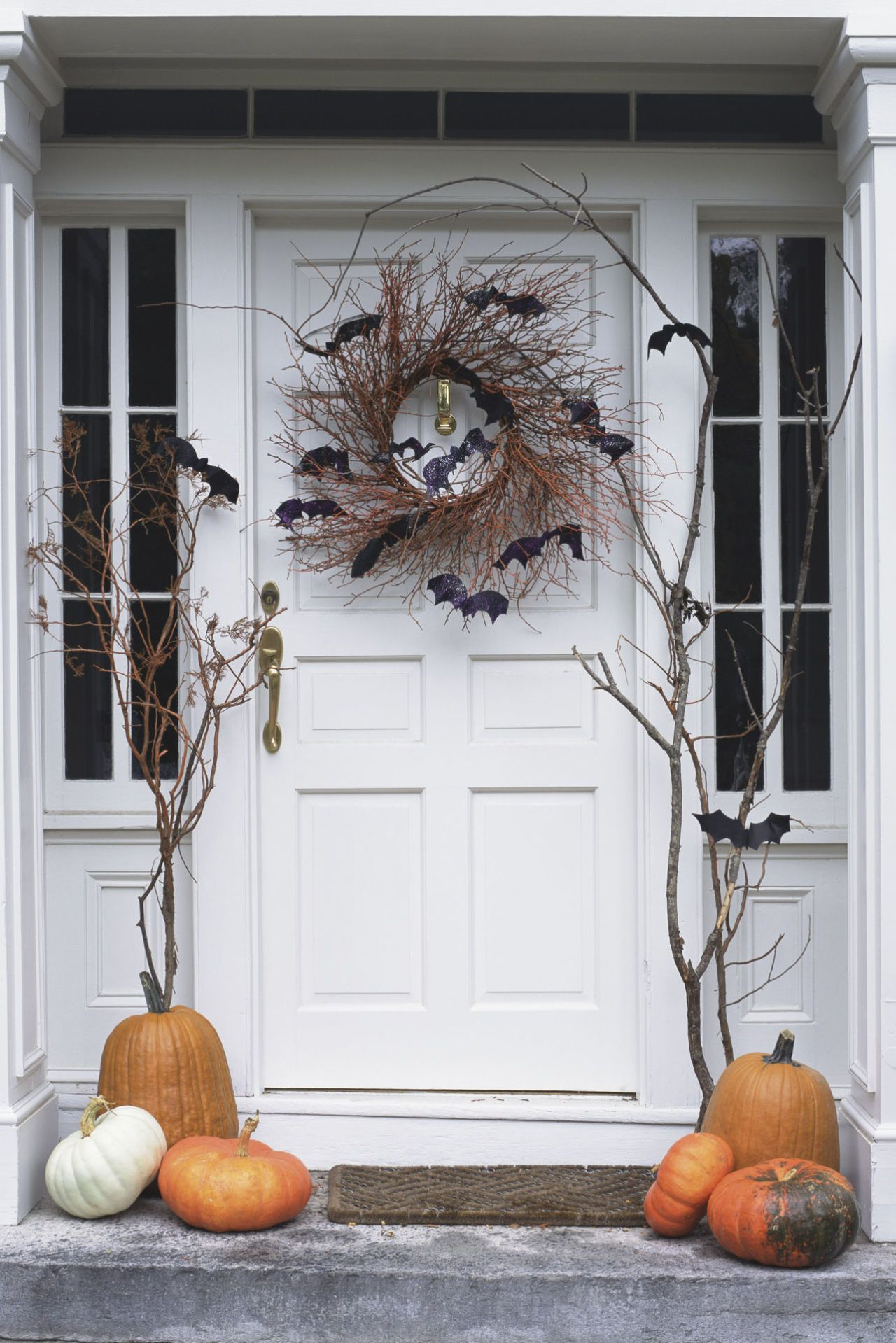 Put a Spell on Your Neighbors With These DIY Outdoor Halloween - Scary Door Decorations For Halloween