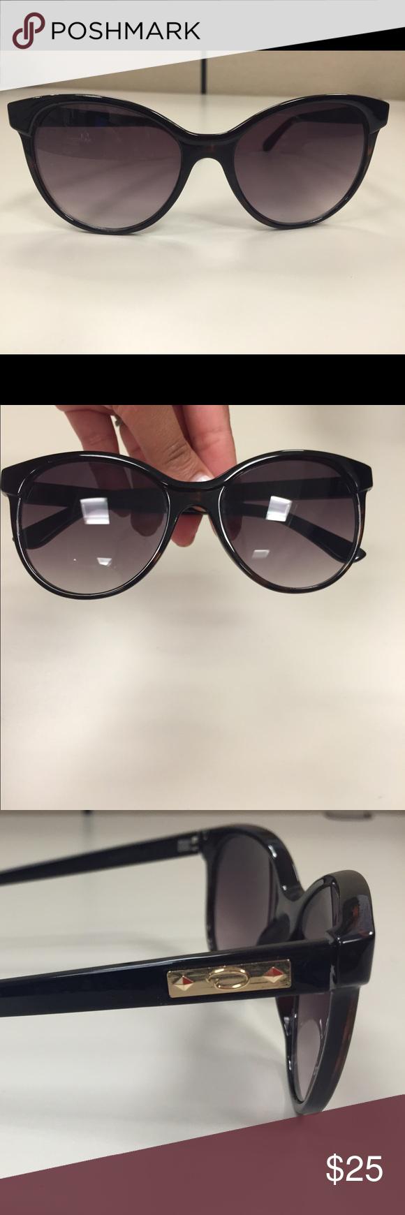 Oscar de la Renta Sunglasses - Brown Gently used - no case Oscar de la Renta Accessories Sunglasses