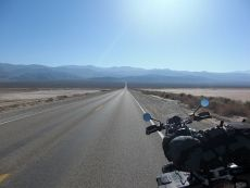 Thanks to round-the-world travelers Joop and Monique van der Heijden for sending us a link to their great trip report about their trip through California on Dubbelju bikes last summer.  http://lifeisjoy.nl/California-UK.php
