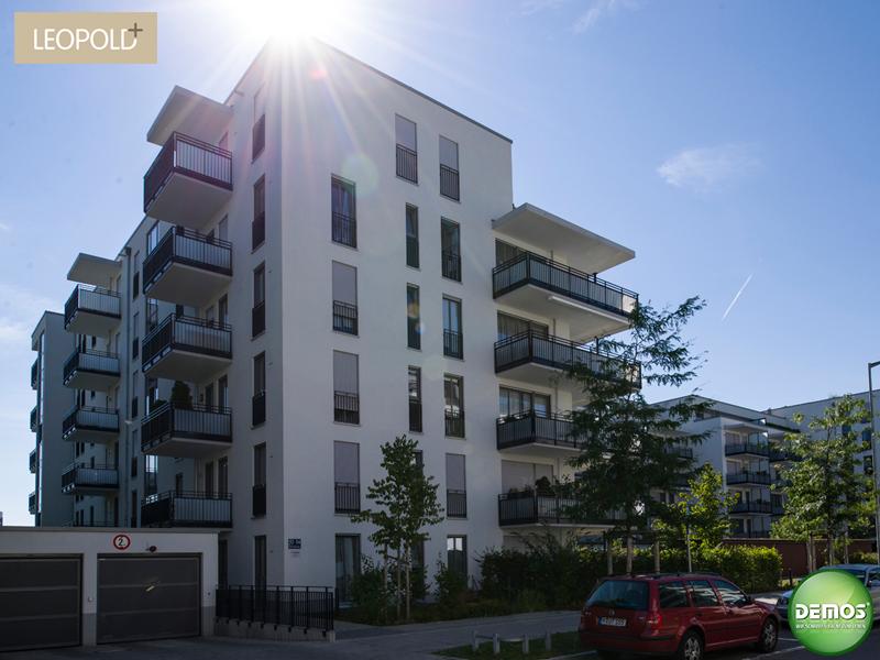 Foto Straßenansicht - Leopold+ #Schwabing #München #Leopoldstraße #Referenz #Fotografie #Photographie #Architektur #Balkon #Neubau #Neubauprojekt #Eigentumswohnungen #Demos
