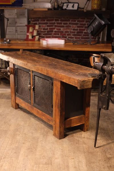 etabli bois ancien porte grillage bricolage en 2018 pinterest etabli bois table et bois. Black Bedroom Furniture Sets. Home Design Ideas