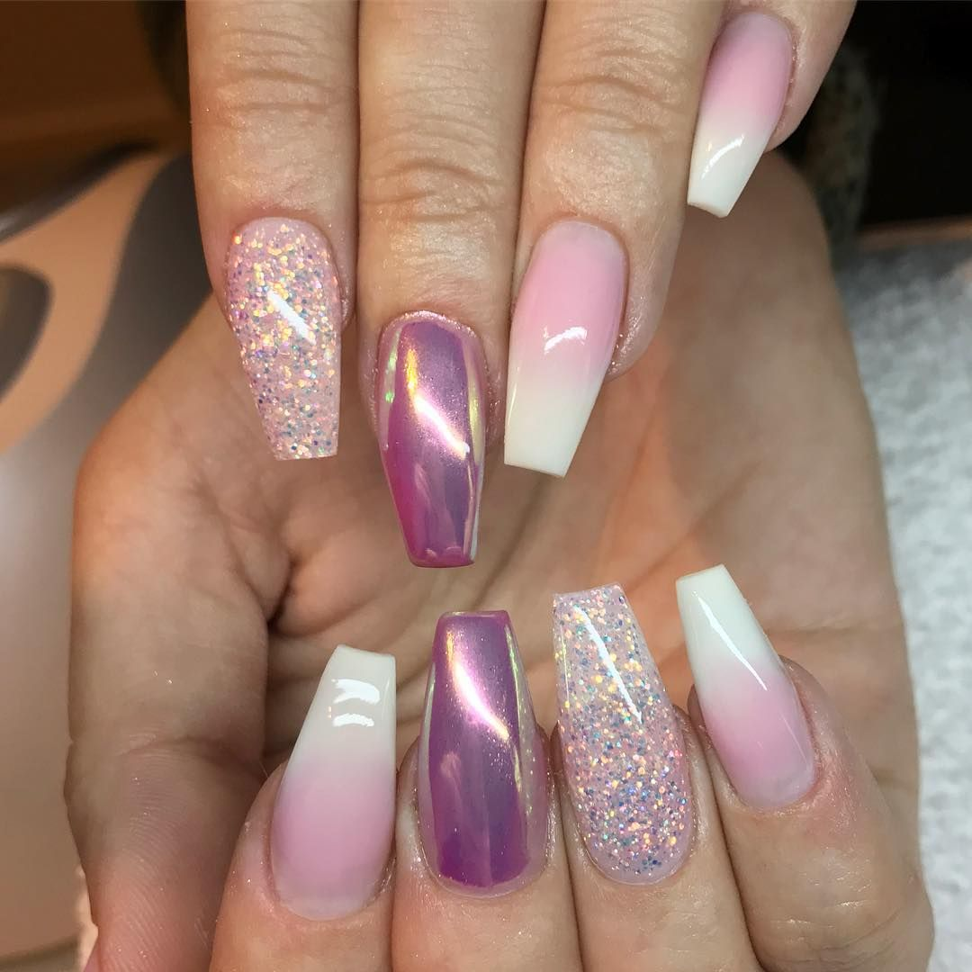 29 Amazing beautiful nail art design ideas - Winter nail art , Acrylic nail art design #nail #nails #nailideas #nailart #manicure #acrylic