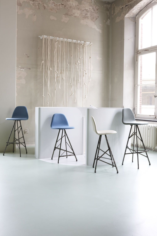 Chaise de bar / de restaurant / contemporaine / en cuir PYRAMIDE ...
