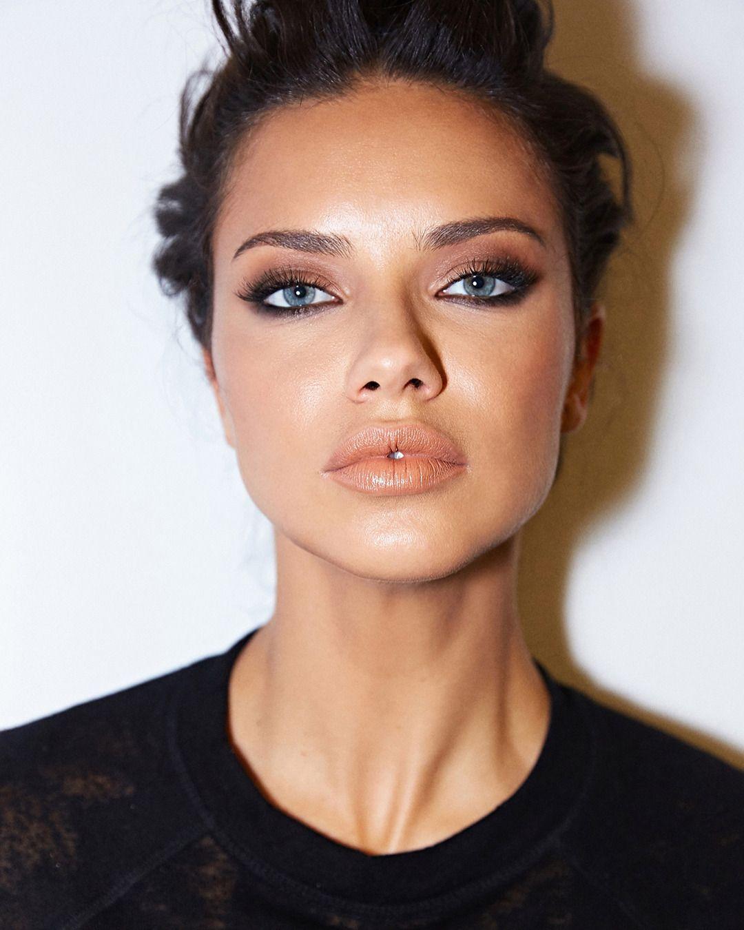 Adriana Lima Makyaj Sırları