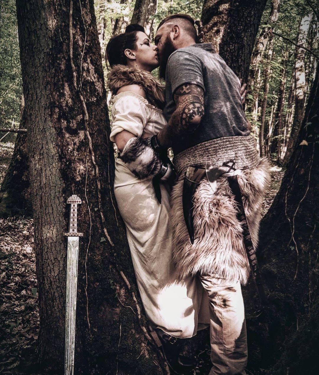 🍀🌱🌿🌱🍀 ... little relaxation break in nature ... 🍀🌱🌿🌱🍀 🧭🐒🧭🐒🧭🐒🧭🐒🧭🐒🧭🐒🧭🐒 French_vikings_famiily  #relaxation #break #natural #nature_seekers #naturelovers #naturephotography #wood #paganwood #pagan #paganism #paganfamily #sword #axe #ragnarsword #ragnarlothbrok #vikings #medieval #medievalart #modernviking #fauxfur #tattoos #tattoostyle #handtattoo #norsemythology #norsepagan #norseman #norsewoman #berserker #valkyrie