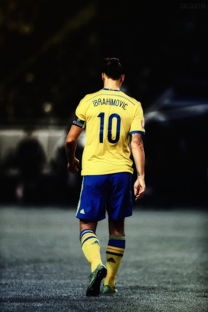 Zlatan Ibrahimović: Miguel. on.  'Zlatan Ibrahimović #IsquinhoEdit'