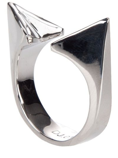 by Farfetch .com White gold plated slim ring from Dominic Jones featuring two chunky outward spikes and is open at the top.