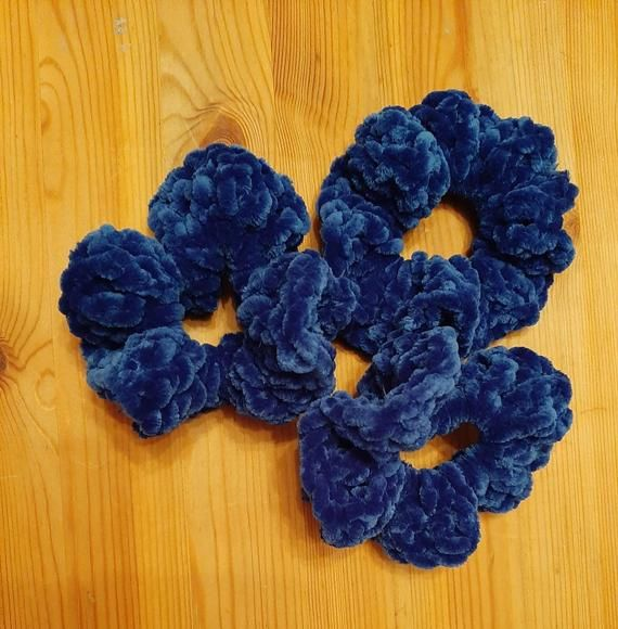 Handmade crochet scrunchies, pack of 3 hair ties made with blue chenille wool, soft and fluffy hair ties, scrunchies #crochetscrunchies