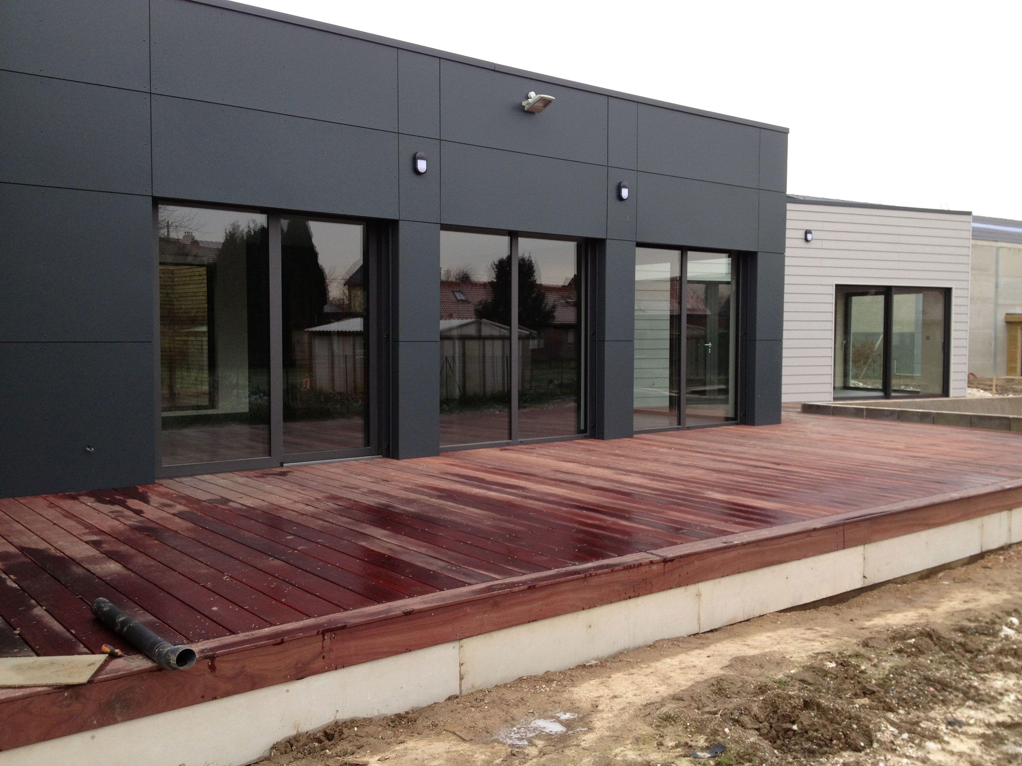 Constructeur maison en bois pas cher montage maisons for Montage maison en bois