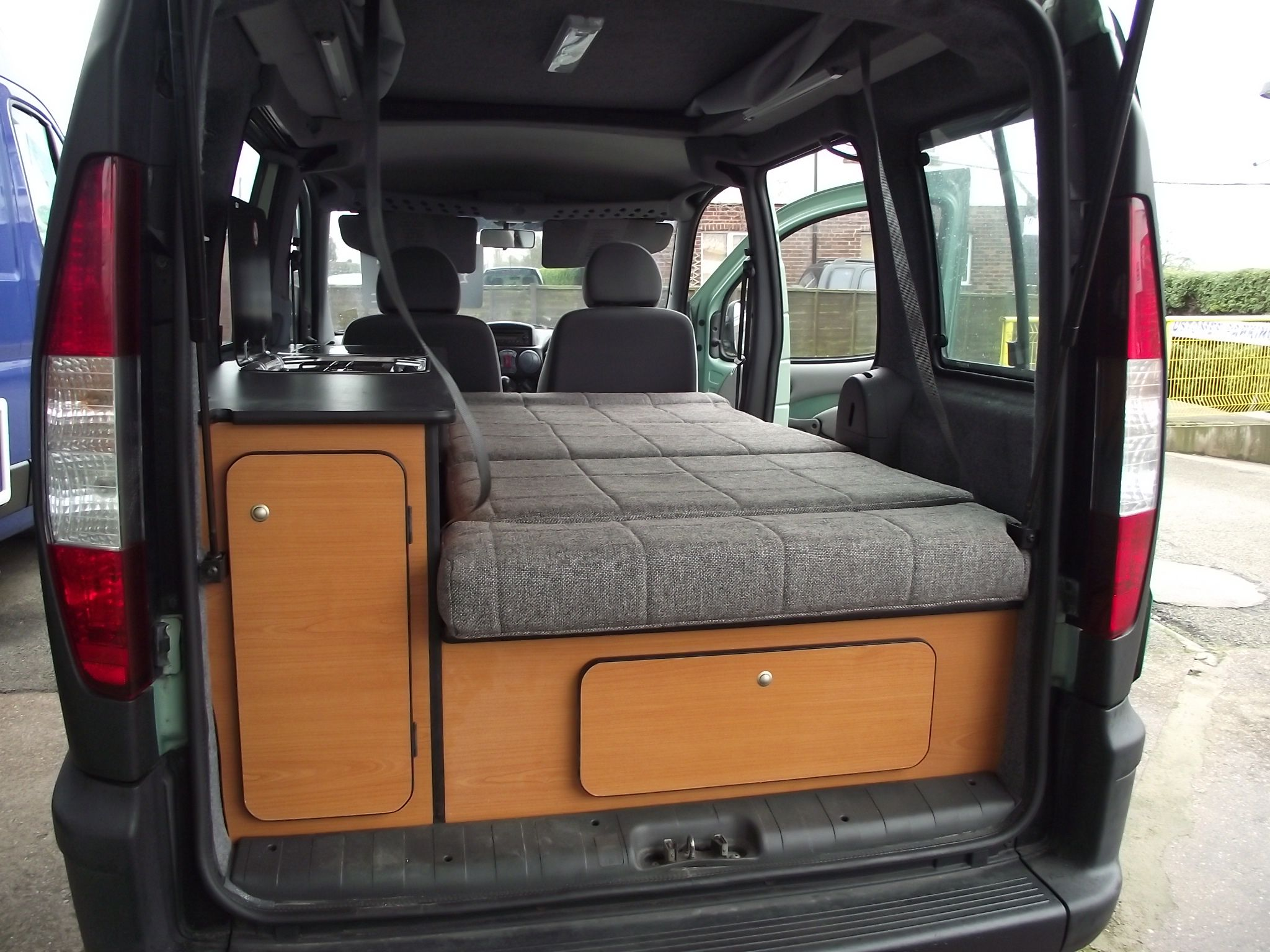 fiat doblo mini tour campervan pinteres. Black Bedroom Furniture Sets. Home Design Ideas