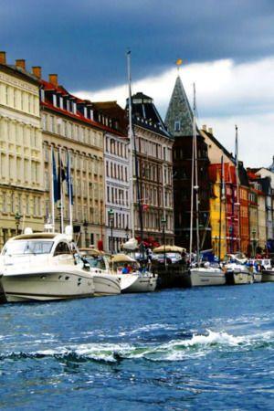 Download Free Boats Building In Copenhagen For Iphone Wallpaper