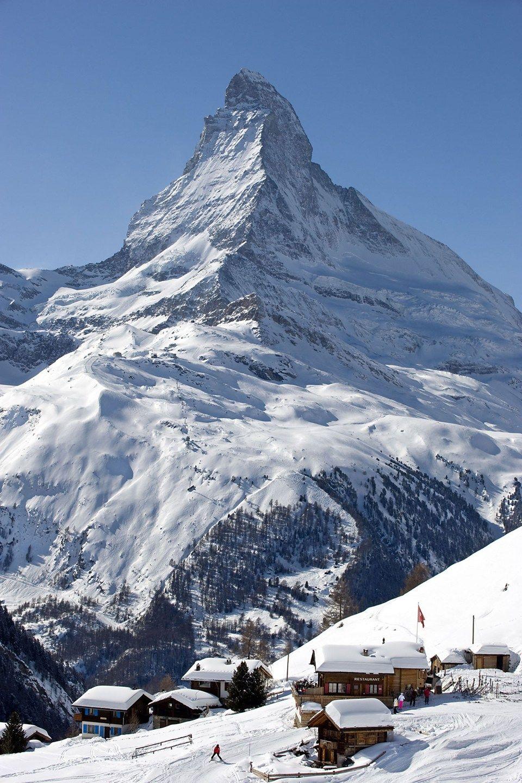 Zermatt en Suiza, donde podemos encontrar el famoso monte Matterhorn. ¡No dejes de viajar!