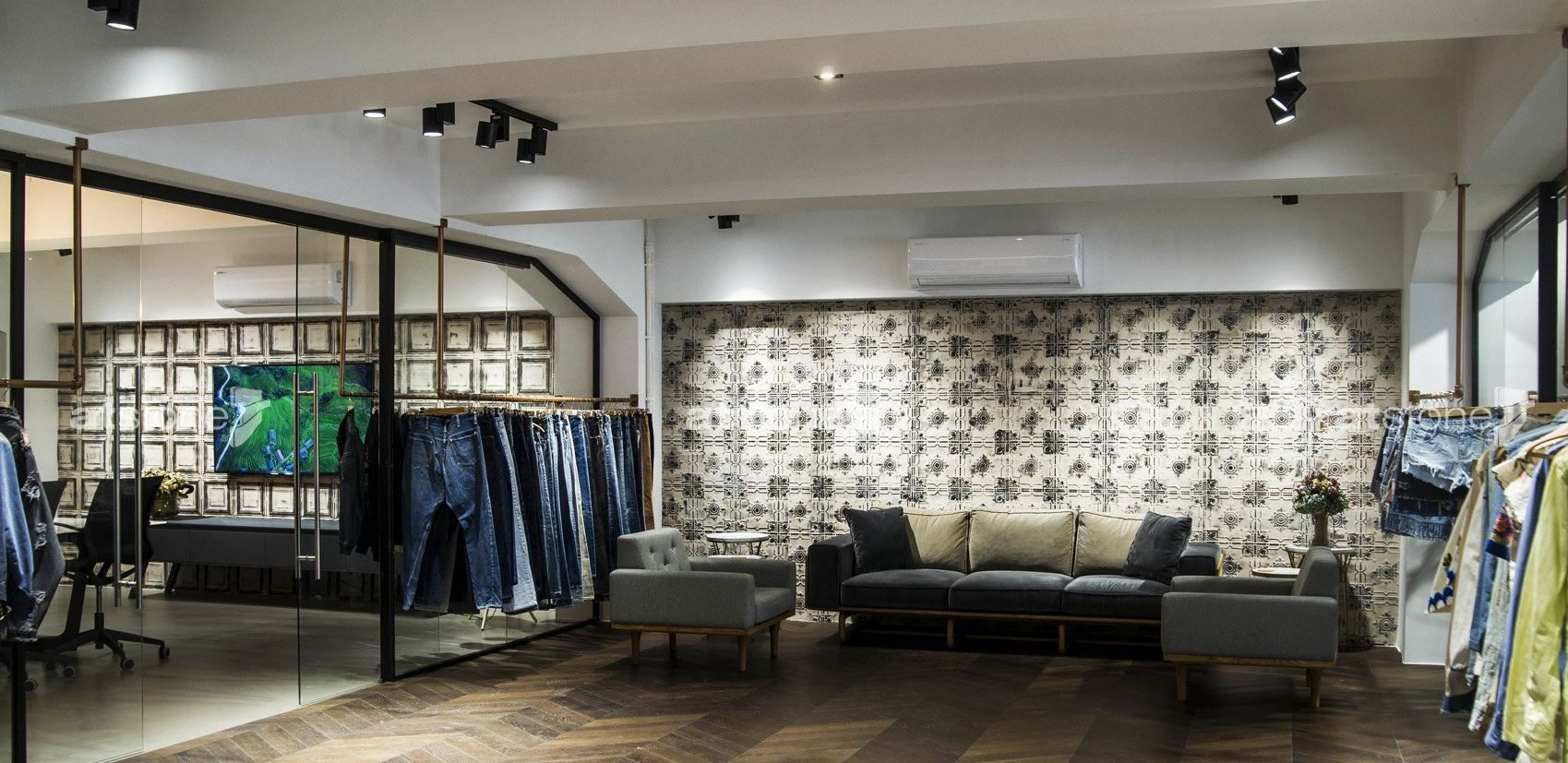 Baykan Fashion These walls and ceilings, which carry the