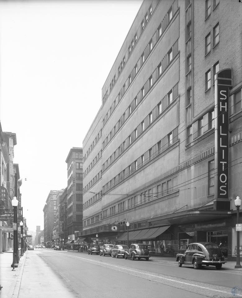 Description: Shillito's. Cincinnati, 1949 Source: Lawrence Brand Collection http://www.kentonlibrary.org/genphotos/viewimage.php?i=di107654