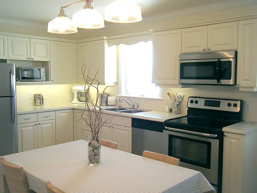 I really like this real life kitchen redo It was done on a - Kitchen Renovation On A Budget