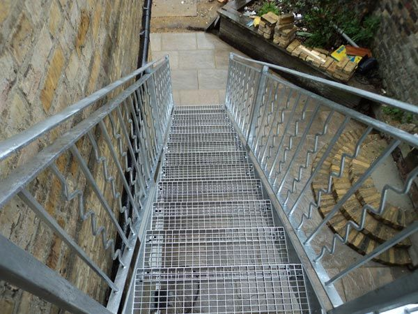 exterior metal stairs - Google Search | Outside Stairs | Pinterest ...