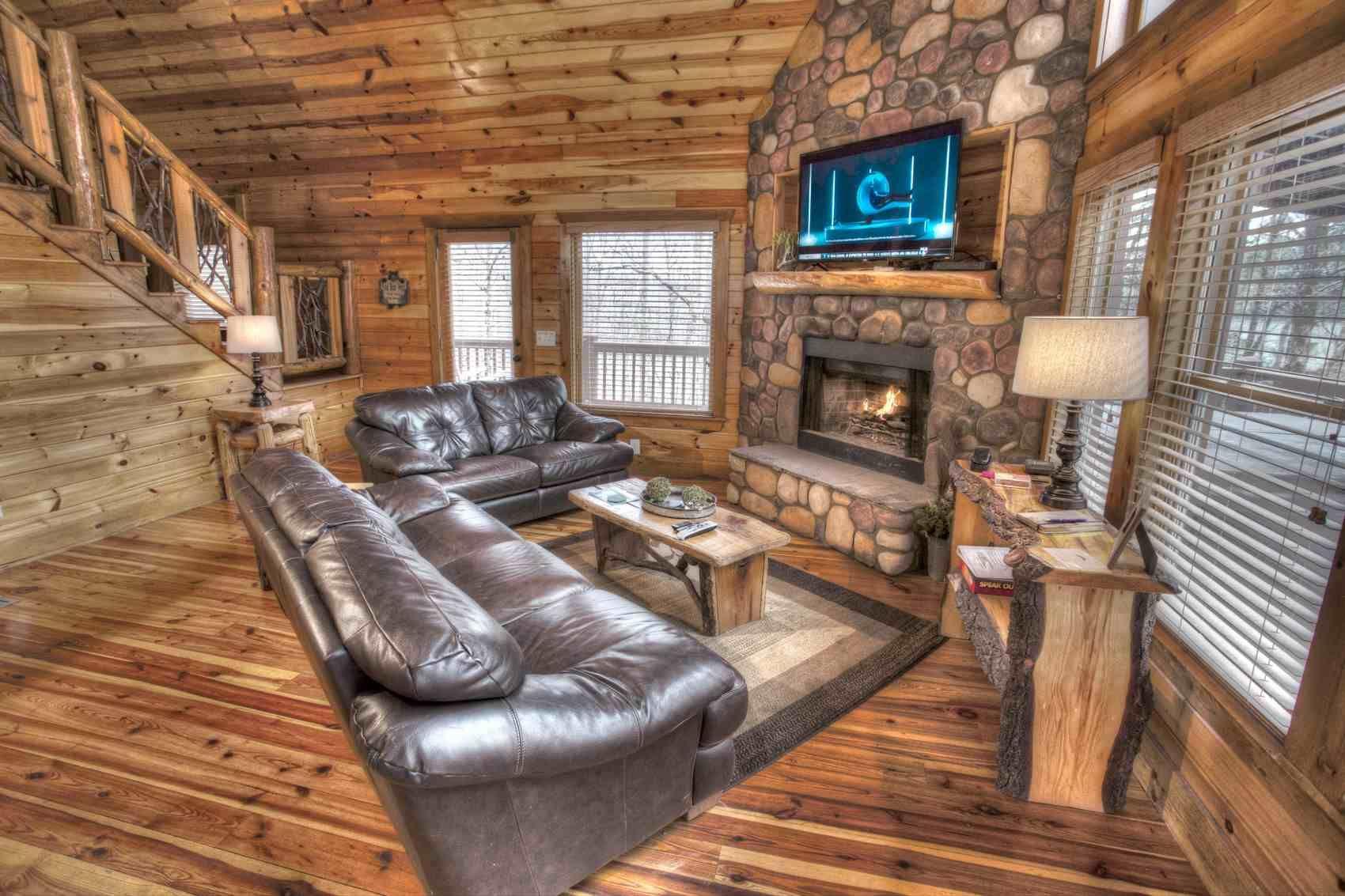 Cabins In Helen Ga Helen Ga Cabins Cabin Rentals In Helen Ga In 2020 Cabins In Helen Ga Bedroom Images Cabin