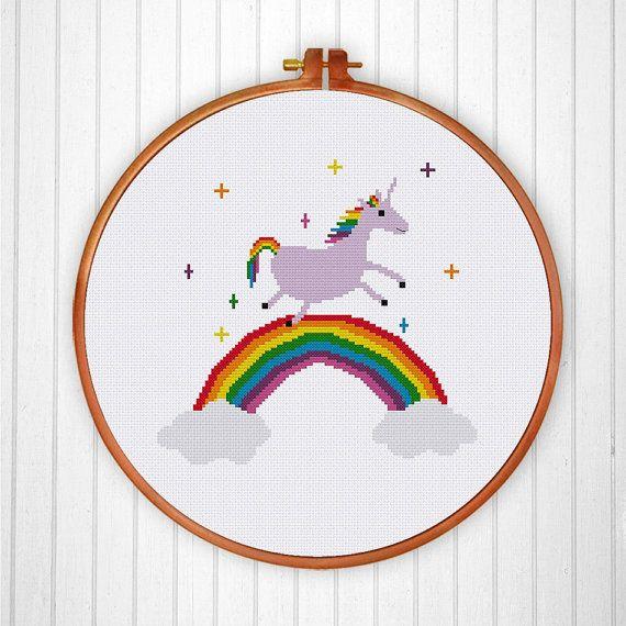 Un super lindo unicornio punto de cruz patrón para la decoración de ...