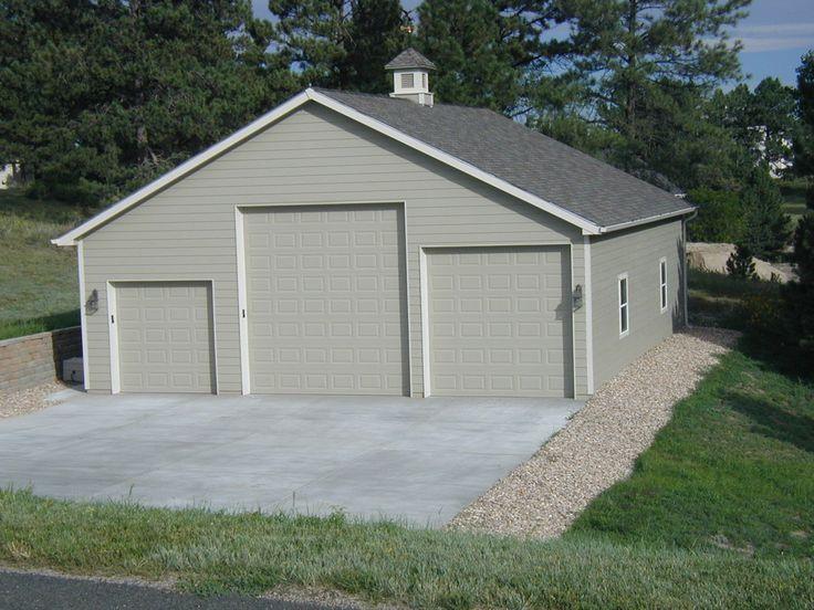 Basic RV shop design, but add sheds on both sides. Pole