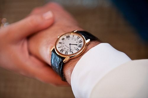 The groom's gift...a Cartier timepiece....eli_20110528_1331.jpg 500×332 pixels