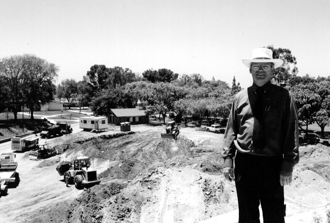 The late ken bascom standing near the site of the biola for Biola jesus mural