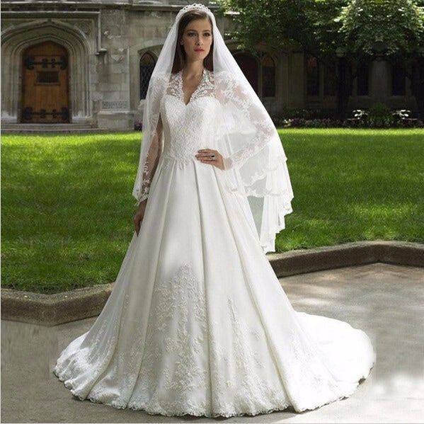 Find shop and buy copies of kate middleton 39 s wedding for Kate middleton wedding dress where to buy