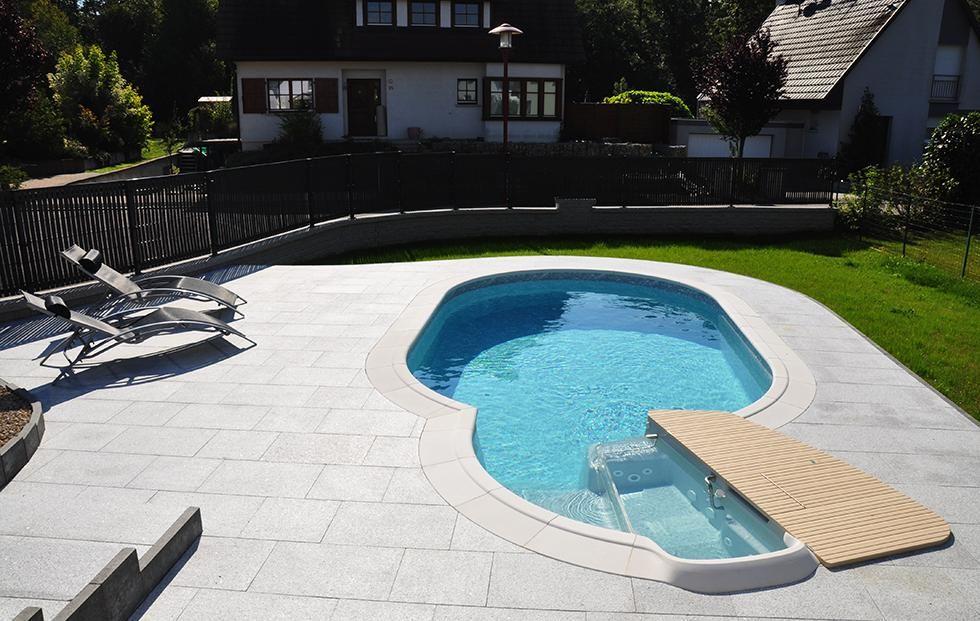 Piscine Ovale Modele Olivia Waterair Avec Escaform Premium Balneo System Piscine Waterair Piscine Ovale Waterair