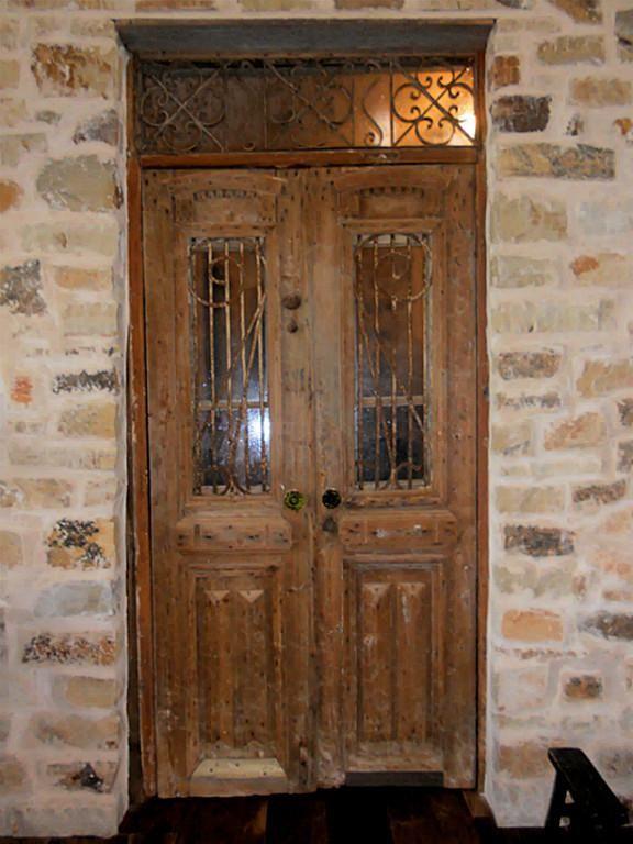 Antique Door into Guest Room Home for Sale, edge of Texas Hill Country - Antique Door Into Guest Room Home For Sale, Edge Of Texas Hill