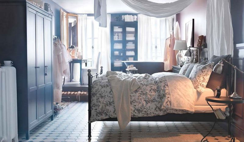 Spencer Hastings of Pretty Little Liars has a great canopy bed ...