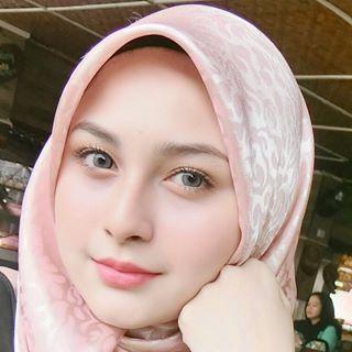 pin oleh toto suprihadi di kerudung beautiful muslim