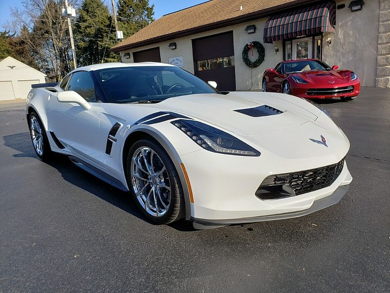 2017 GRAND SPORT 2LT COUPE 2K MILES 2017 Corvette Coupe