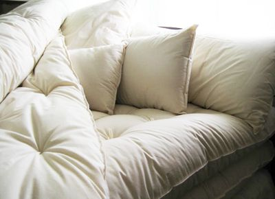 10 Steps To Your Coziest Bed Ever It S The Little Things