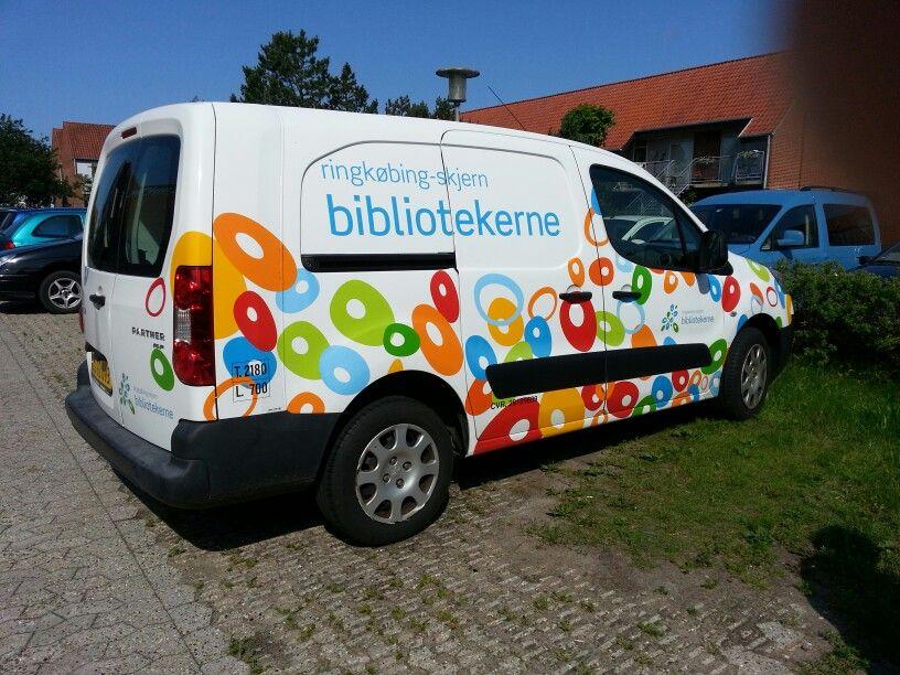 Skjern Bibliotek.  DK