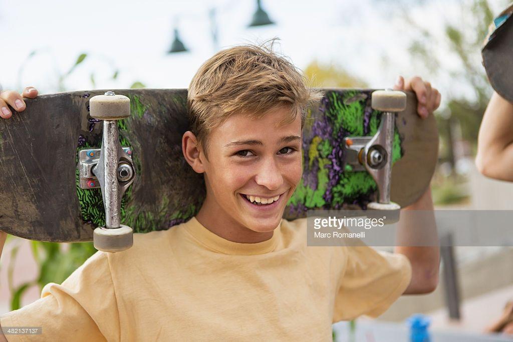 30+ Skateboarders hairstyles information