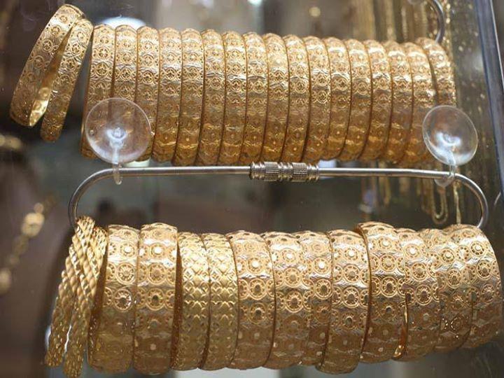 الذهب ينخفض 3 جنيهات بالسوق المحلي بعد تراجعه عالميا كتبت شيماء حفظي انخفضت أسعار الذهب في السوق المحلي اليوم الثلاثاء Diamond Bracelet Wrap Bracelet Jewelry