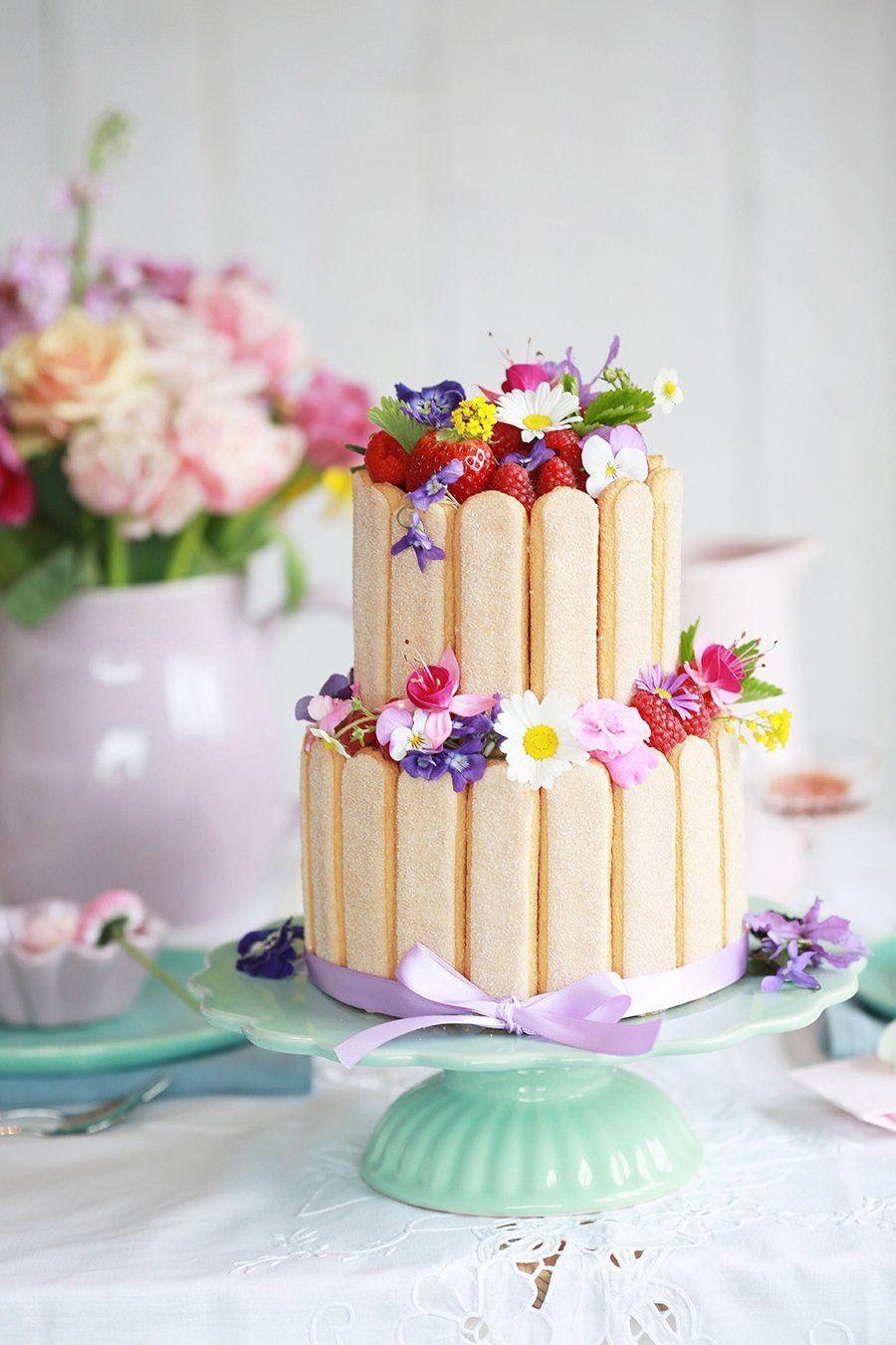 blumiger tortenzauber cakes sweets pinterest hochzeitstorte mit blumen kleine torten. Black Bedroom Furniture Sets. Home Design Ideas