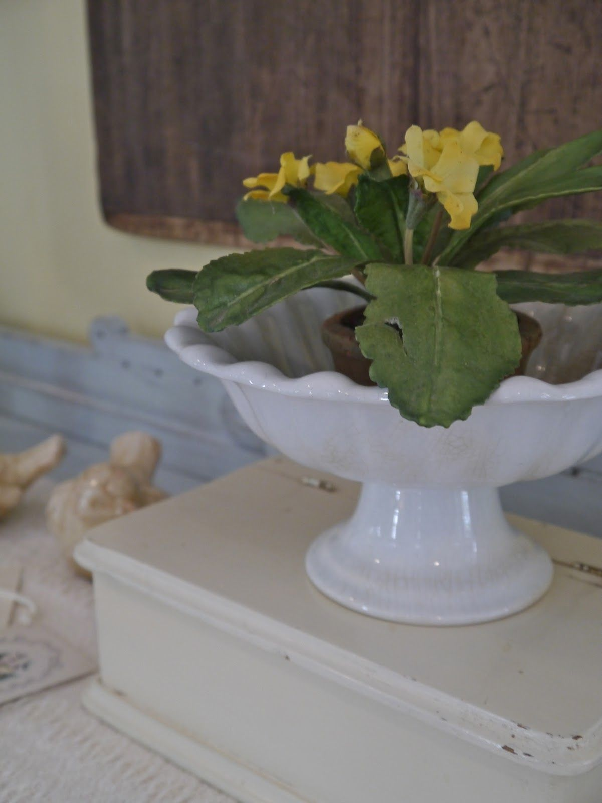 Chateau Chic: Lingering Summer Decor