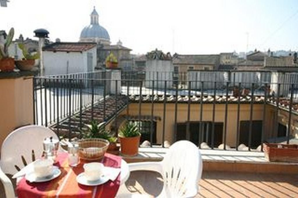 Rent the apartment CAMPO FIORI3 in Rome for less with Only ...