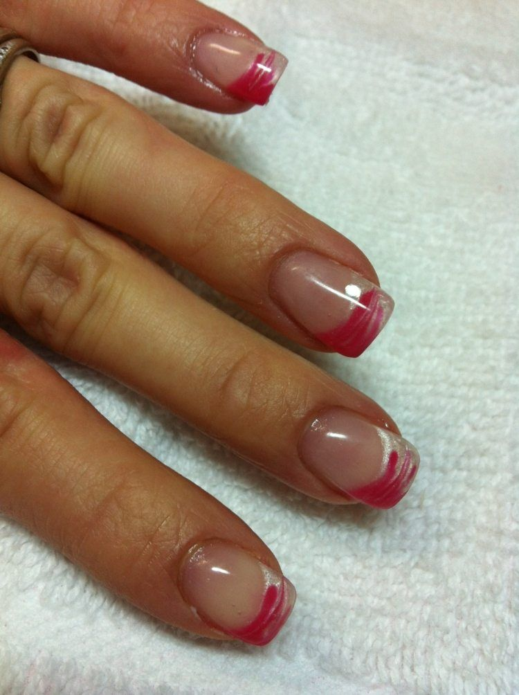 French manucure gel id es fra ches en 32 photos fran ais d co et ongles - Deco french manucure ...