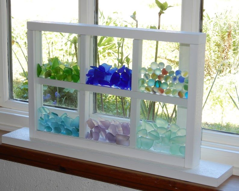 Dreamcatcher Stand Up Bling Beach Glass Display Window with Dividers