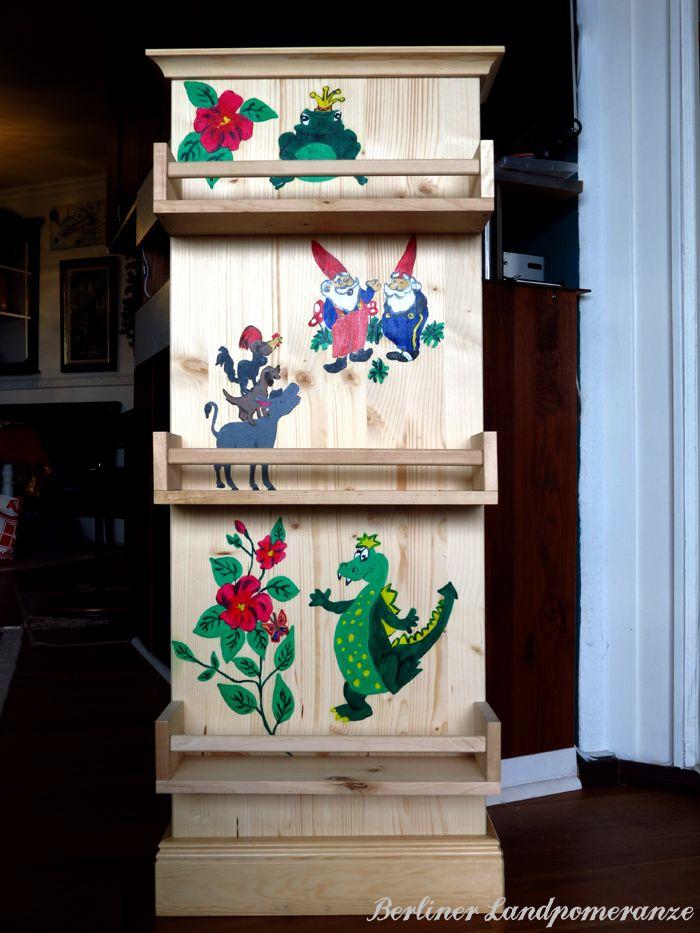 Bücherregal kinderzimmer selber bauen  DIY Märchen-Bücherregal Kinderzimmer DIY fairy tale bookcase for the ...