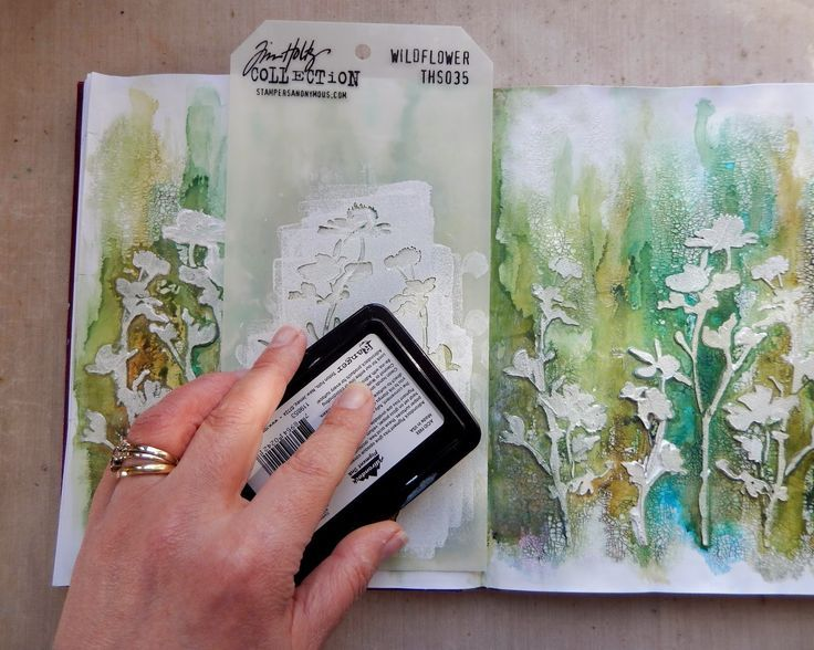 Frilly and Funkie: Saturday Step by Step - Stencils and Crackle and Journals, oh my! #artjournalmixedmediainspiration