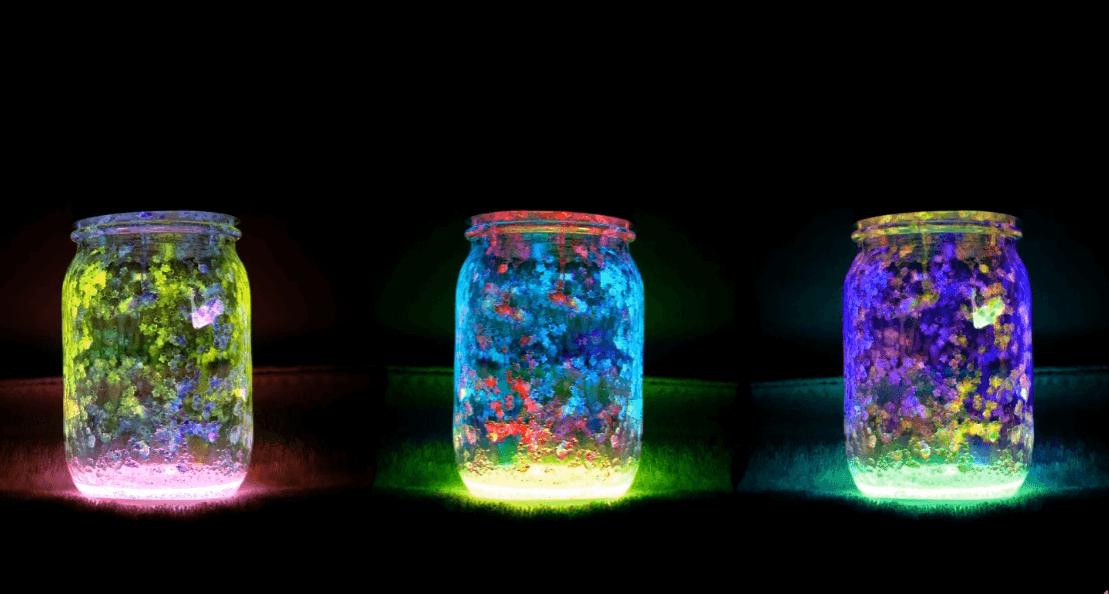 Mit diesem Trick erleuchtet deine DIY Windlicht-Deko aus Weckgläser! #weckgläserdekorieren