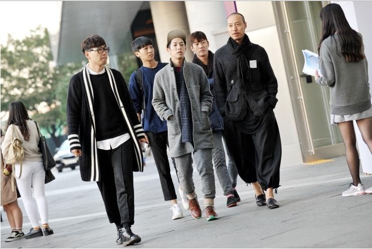 Outside Seoul Fashion Week S/S 14