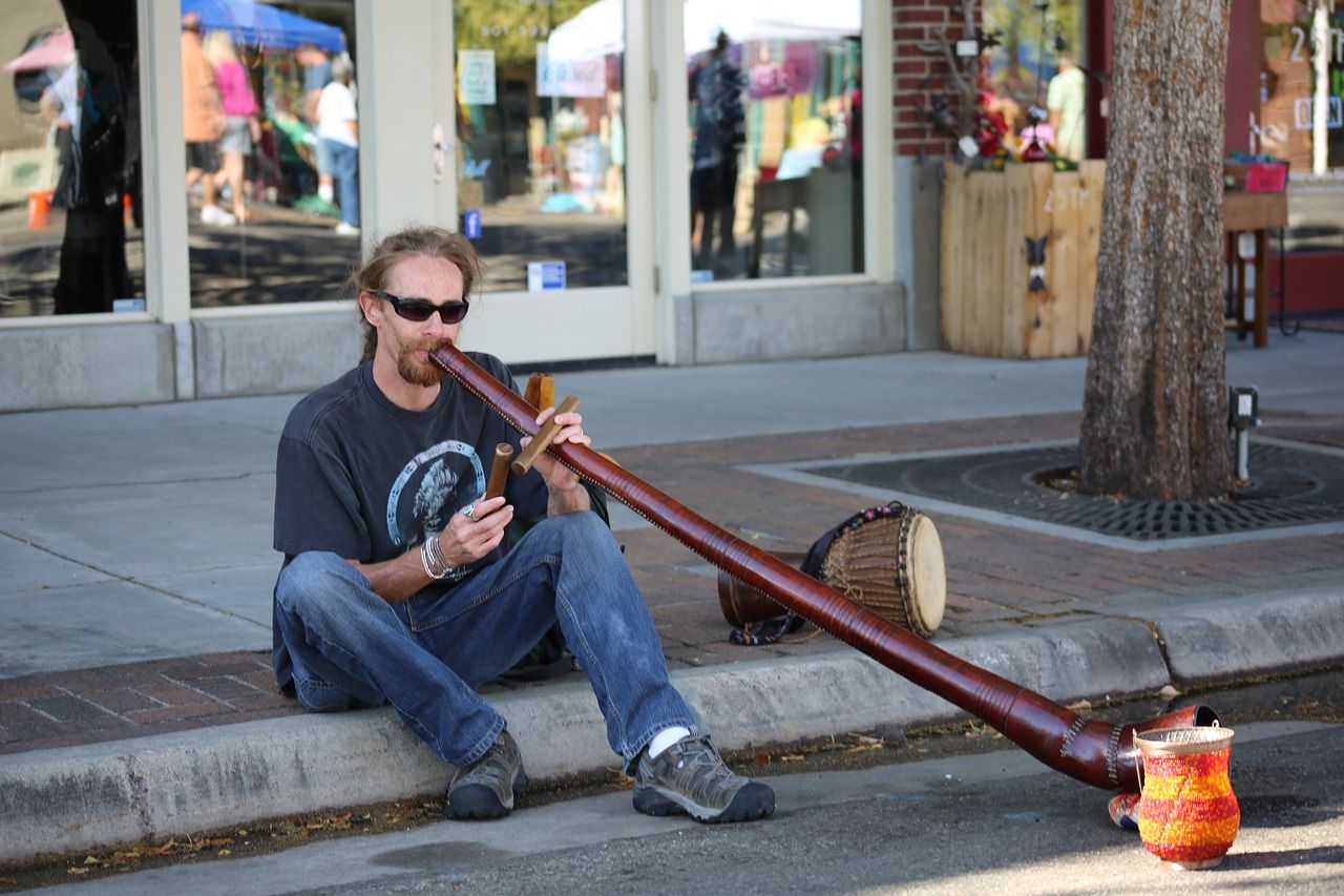 Didgeridoo, Musica Di Strada